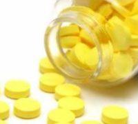 Чи можна використовувати фурацилін при стоматиті