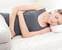 Чому болить внизу живота з правої сторони і температура