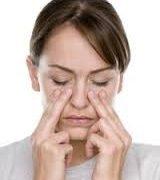 Болить ніс і око