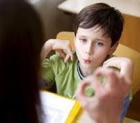 Як лікувати заїкання у дитини